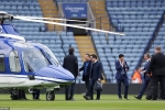 Anh: Hien truong truc thang cua chu tich Leicester City roi ngoai san van dong hinh anh 10