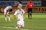 Bất lực trước U21 Thái Lan, cầu thủ U21 Việt Nam gục xuống sân