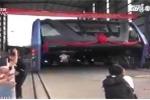 Trung Quốc thử nghiệm 'siêu xe buýt' khổng lồ chống tắc đường