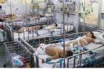 Trẻ nhập viện vì tay chân miệng tăng đột biến: Căng tin biến thành phòng bệnh