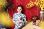 Hoa hậu Diễm Trần diện áo dài hoạ tiết gạch bông trong bộ ảnh đón Tết