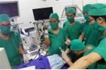 Phẫu thuật thành công cho trẻ 3 tuổi bị hạt lạc chui vào đường thở suốt 1 tháng