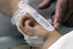 Bác sĩ Trung Quốc 'trồng' tai giả trên cánh tay bệnh nhân