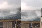 Xoáy nước khổng lồ như 'cổng địa ngục' giữa biển gây sốc