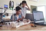 Học sinh lớp 8 Hà Nội chế tạo cánh tay điều khiển bằng suy nghĩ với 10 triệu đồng