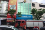 Điều hòa bốc cháy, nhân viên ngân hàng Sacombank tháo chạy