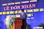 Ban Tuyen huan Khu uy khu V don nhan danh hieu Anh hung Luc luong vu trang nhan dan hinh anh 3