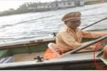 Cận cảnh mãi lộ trên sông: Đình chỉ 2 CSGT Ninh Bình