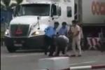 Video: Thực hư việc nhân viên thu phí BOT quốc lộ 5 đánh lái xe khi qua trạm
