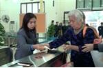 Video: Ngày đầu ga Hà Nội dùng hệ thống soát vé tự động