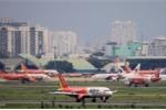 Sương mù dày đặc, hàng chục chuyến bay không thể cất cánh ngày 29 Tết