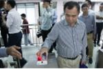 Ảnh: Xe buýt nhanh chính thức được áp dụng vé điện tử ở Hà Nội