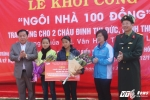 Tặng 'ngôi nhà 100 đồng' cho hai chị em mồ côi ở Sơn La