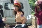 Nữ cảnh sát giao thông xinh đẹp gây sốt dân mạng