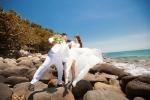 Ảnh cưới vui nhộn của chàng trai nhóm hài nổi tiếng và bạn gái xinh đẹp