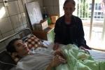 Bệnh chồng bệnh, chàng trai liệt 17 năm đang nguy kịch
