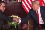Clip: Gặp gỡ riêng, ông Trump và ông Kim nói gì với nhau?