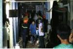 Sàn phòng vệ sinh ngôi nhà cổ ở TP.HCM đổ sập trong đêm, nhiều người già và phụ nữ mắc kẹt