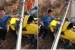 Clip: Tài xế 'thử túi khí', siêu xe Chevrolet Corvette nát đầu trên cao tốc Long Thành