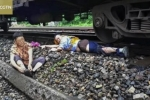 Nhảy xuống cứu cụ bà trước mũi tàu, nhân viên đường sắt bị cán nát một chân