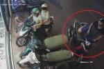 Thanh niên ăn mặc bảnh bao bẻ khóa trộm SH nhanh như 'chớp'
