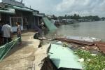 5 căn nhà đổ sụp xuống lòng sông ở Cần Thơ