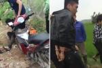 Video: Bị đồng bọn bỏ rơi, kẻ trộm xe máy kiệt sức nằm lịm giữa đồng