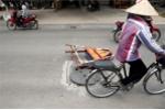 Ma trận 'bẫy tử thần' trong mùa mưa bão ở Hà Nội khiến người đi đường khiếp vía