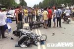2 xe máy biến dạng sau cú đâm kinh hoàng, 3 người thương vong ở Bình Dương
