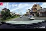 Video: Cảnh sát giao thông, trật tự truy đuổi taxi như phim hành động ở Quảng Ninh