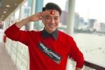 Video: Đàm Vĩnh Hưng bỏ cả họp báo, đi 'bão' bằng xe ôm mừng chiến thắng của U23 Việt Nam