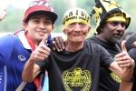 CĐV Malaysia, Thái Lan thân thiện trước giờ quyết đấu