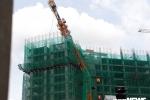 Cần cẩu gãy đổ, suýt đâm nhà dân: Đình chỉ thi công dự án Vạn Thái Land
