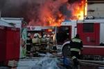 Cháy chợ ở Kazan:15 thi thể được đưa ra khỏi hiện trường