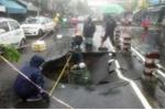 'Hố tử thần' dài hơn 5m tấn công đường phố Nha Trang