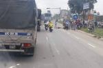 Xe máy va chạm xe tải, 2 người bị cán chết tại chỗ
