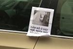 Chủ nhà bức xúc viết 'Ngứa mắt rồi đấy' lên ô tô đỗ chắn ngang cửa