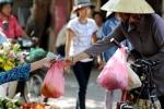 Một ngày người Hà Nội thải bao nhiêu túi nilon?