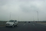 Xe biển xanh đi ngược chiều trên cầu Nhật Tân: Bộ Y tế giải thích