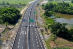 Trải nghiệm cao tốc hơn 18.000 tỷ đồng đầu tiên ở miền Trung