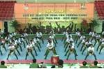 Sinh viên ĐH Cảnh sát nhân dân nhảy dân vũ sôi động như vũ công chuyên nghiệp