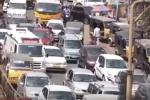 Video: Không được nhường đường, cô gái chết trên chết xe cứu thương
