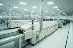 Cận cảnh dàn robot 'khủng' tại nơi sản xuất điện thoại Vsmart