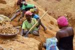 Cameroon hứng bi kịch từ cơn sốt đào vàng của chủ đầu tư Trung Quốc