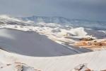 Hình ảnh tuyết lại phủ trắng sa mạc Sahara cực đẹp