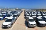 Ô tô khan hiếm: Đại lý làm giá, lót tay trăm triệu mới có xe đi