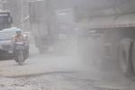Video: Kinh hãi đi qua con đường ngập ngụa bụi ở Thủ đô, dân 2 bên đường không dám mở cửa