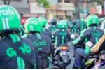 Grab Việt Nam chơi trò '2 mặt', phủ nhận thông tin phạt 10.000 đồng nếu khách hủy chuyến quá quy định