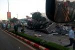Ô tô tải đối đầu xe khách khiến 34 người thương vong: 'Vụ tai nạn thảm khốc nhất từ trước tới nay'