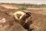 Nắng nóng kỷ lục chưa đến, dân Pakistan đã đào sẵn mộ 'dự phòng'